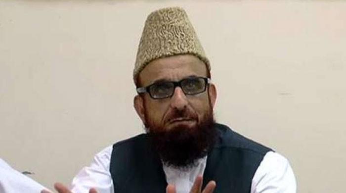 کراچی: امام نے عوام کو نہیں اکسایا، پولیس کے پہل کرنے پر لوگ مشتعل ہوئے: مفتی منیب