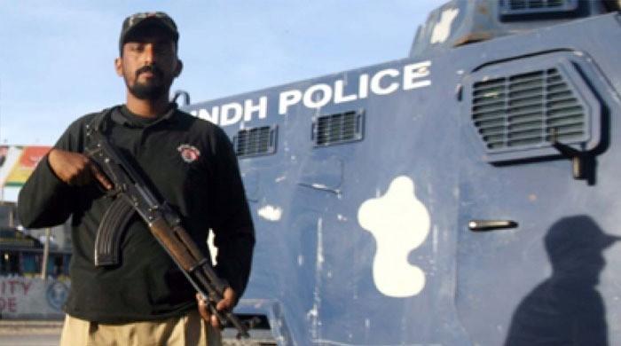 لاک ڈاؤن پر عملدرآمد کرانے پر پولیس سے بدتمیزی کرنے والا شہری گرفتار