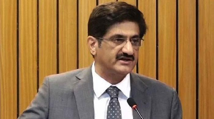 وزیراعلیٰ سندھ سڑکوں اور دکانوں پر رش پر برہم، لاک ڈاؤن مزید سخت کرنے کا حکم