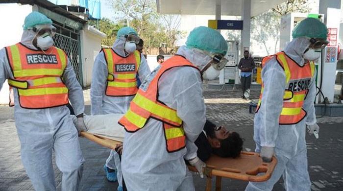 کورونا کے باعث پاکستان میں سیکڑوں اموات کا خدشہ