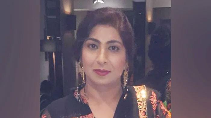برطانیہ میں کورونا کا مقابلہ کرتے ہوئے پاکستانی خاتون ڈاکٹر انتقال کرگئیں
