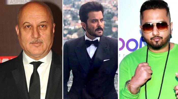 طیارہ حادثہ: بالی وڈ اداکاروں سمیت معروف بھارتی شخصیات کا اظہارِ  افسوس