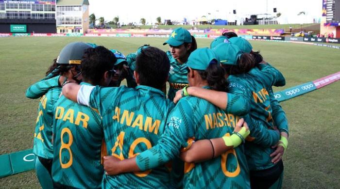 پاکستان ویمن کرکٹ ٹیم کی کپتان اور ہیڈ کوچ کی تقرریاں نئے سرے سے ہوں گی