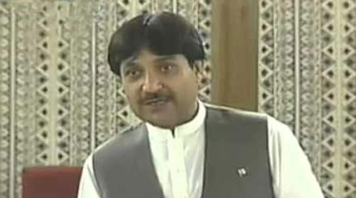 بلوچستان کے رکن اسمبلی نصر اللہ زیرے کورونا میں مبتلا