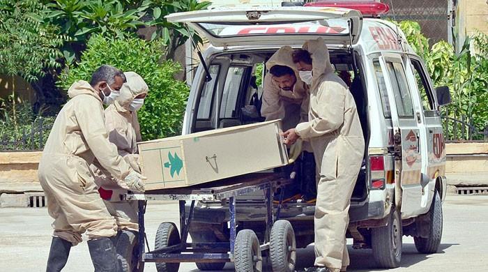 ملک میں کورونا سے مزید 10 افراد جاں بحق، 850 نئے کیسز بھی سامنے آ گئے