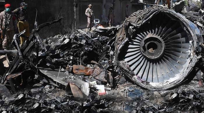 ائیربس ماہرین کی ٹیم کا کراچی ائیرپورٹ کا دورہ، ائیرٹریفک کنٹرولر سے سوالات