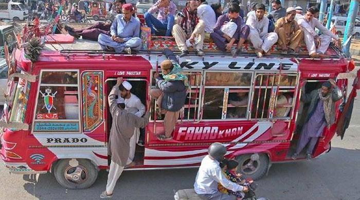 سندھ میں آن لائن ٹیکسی سمیت پبلک ٹرانسپورٹ کھولنے کیلئے ایس او پیز تیار