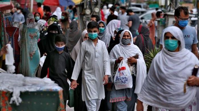 لاہور کا کوئی علاقہ کورونا سے محفوظ نہیں: وزیراعلیٰ پنجاب کو بھیجی گئی سمری میں انکشاف