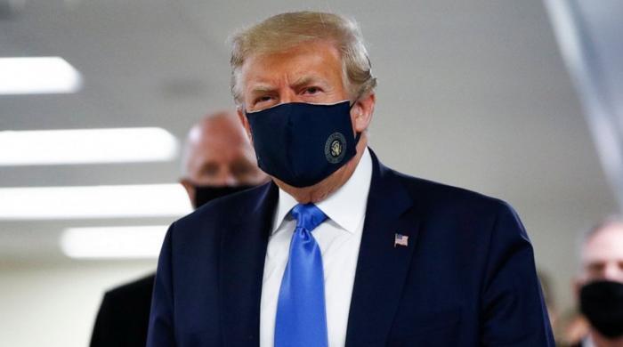ٹرمپ نے  پہلی بار ماسک پہن لیا
