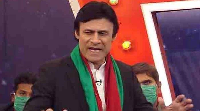 مالی مشکلات، عمران خان کا کردار کرنیوالےاداکارفرخ شاہ انتقال کرگئے