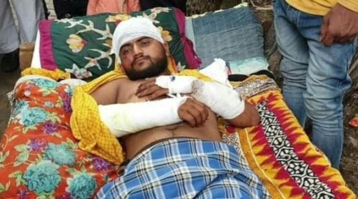 بھارت: انتہا پسندوں کا گائے کا گوشت لیجانے کے شبے پر مسلمان نوجوان پر بدترین تشدد