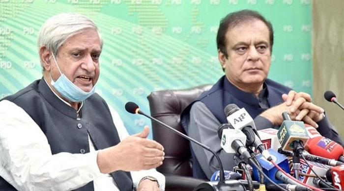 وفاقی حکومت نے گندم کی قلت کا ذمہ دار سندھ حکومت کو قرار دے دیا