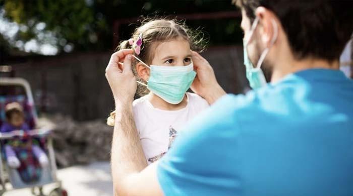 کورونا وائرس بچوں میں با آسانی پھیل سکتا ہے: تحقیق