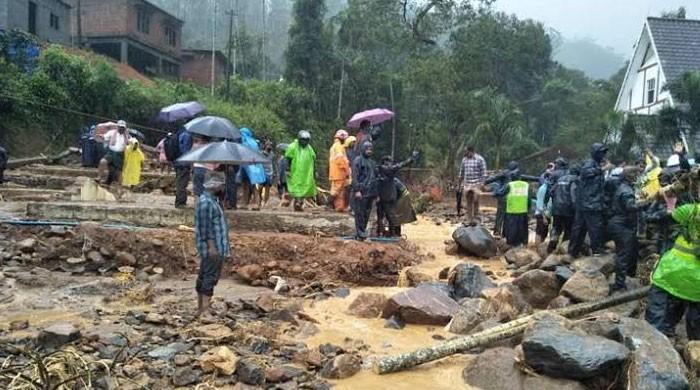 بھارتی ریاست کیرالہ میں بارشوں نے تباہی مچادی، لینڈ سلائیڈنگ سے درجنوں افراد ہلاک