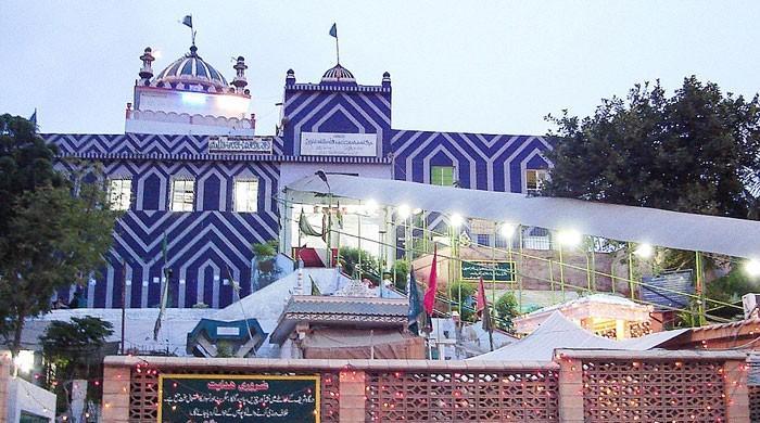 کراچی میں صوفی بزرگ عبداللہ شاہ غازی کا 1290 واں عرس شروع ہوگیا