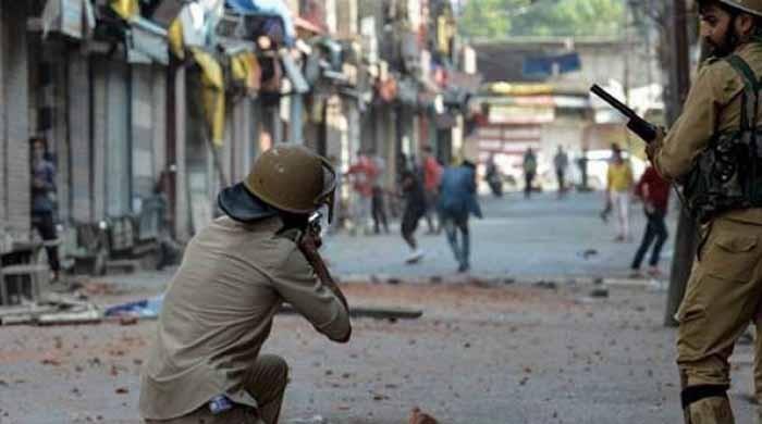 بھارتی فوج کی بربریت،  پاکستانی ہونے کا الزام لگا کر 3 کشمیریوں کو شہید کردیا