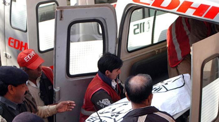 گلشن حدید میں گھر سے ایک خاتون اور تین بچوں کی لاشیں برآمد
