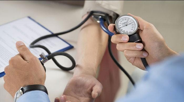 محکمہ صحت سندھ نے1073 ڈاکٹروں کو نوکریوں سے فارغ کردیا