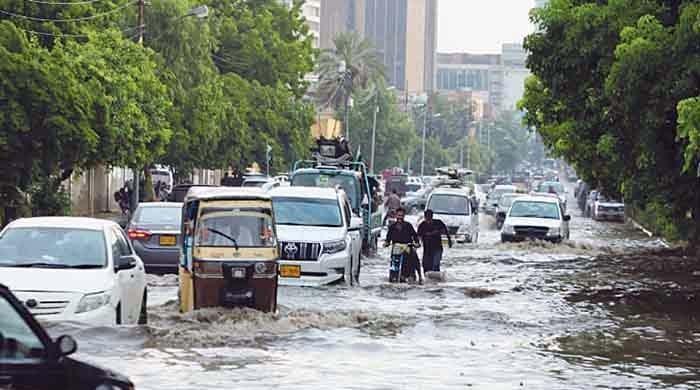 کراچی کے مسائل کا حل کیا ہے؟