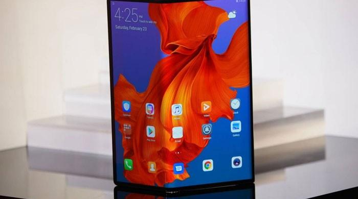 کیا سام سنگ کا نیا فون دونوں طرف فولڈ ہوسکے گا؟