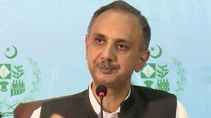 وفاقی وزیر توانائی نے کراچی میں گیس کی قلت کا ذمہ دار سندھ حکومت کو قرار دیدیا