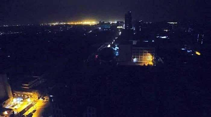 کراچی میں بدترین لوڈ شیڈنگ کا سلسلہ مزید جاری رہنے کا امکان