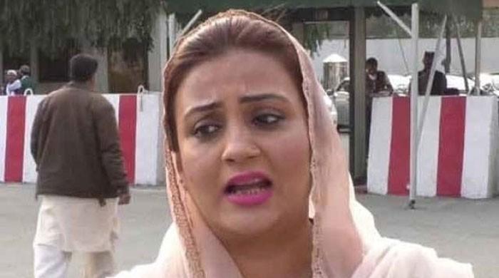 پی ٹی آئی نے طلال چوہدری اور ایک باعزت خاتون کا تماشہ بنانےکی کوشش کی:عظمیٰ بخاری