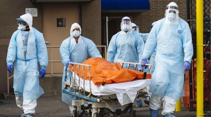 دنیا بھر میں کورونا سے اموات 10 لاکھ سے تجاوز کرگئیں
