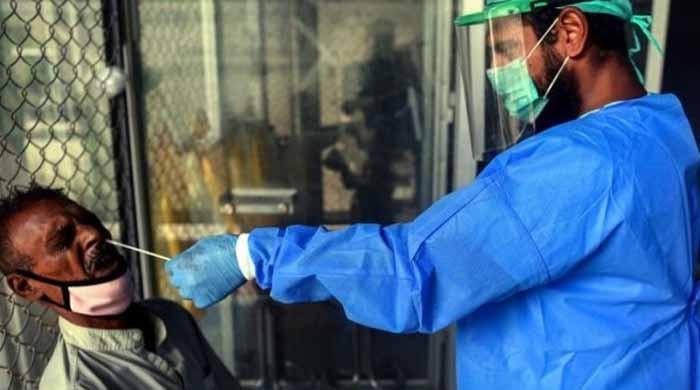 محکمہ صحت سندھ کی سستی، 32 ہزار سے زائد افراد کورونا ٹیسٹ کے نتائج کے منتظر