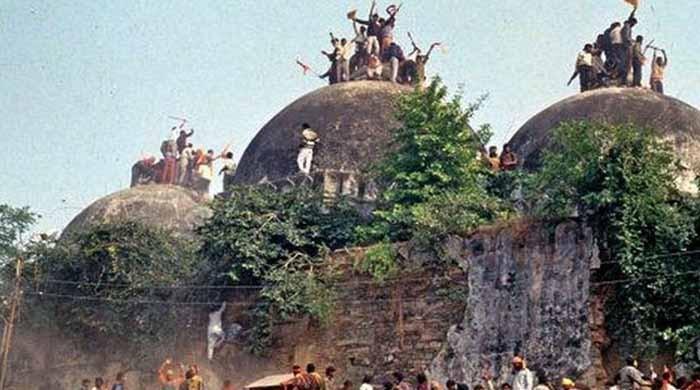 بھارتی عدالت نے بابری مسجد شہادت کیس کے تمام ملزمان کو بری کردیا
