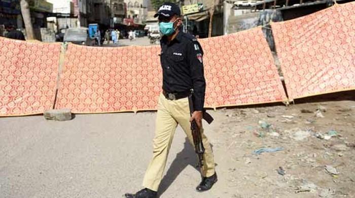 کورونا کیسز بڑھنے پر کراچی کے مزید علاقوں میں مائیکرو اسمارٹ لاک ڈاؤن