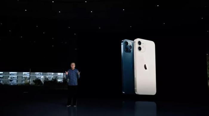 ایپل نے نئے فون لانچ کر دیے: iPhone 12 میں خاص کیا؟
