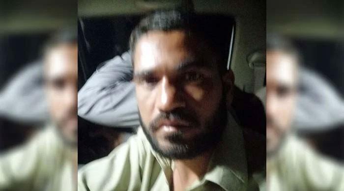 عابد کو اپنی گاڑی میں تھانے پہنچانے والے خالد بٹ کا پولیس کے حق میں بیان