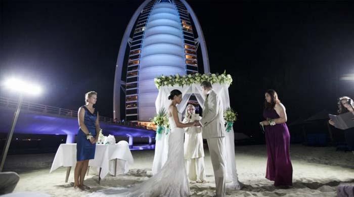 کورونا: دبئی حکومت کا شادی کی تقریبات کی اجازت دینے کا اعلان