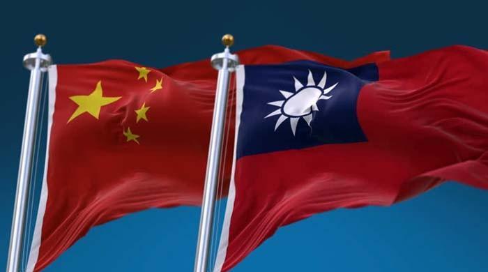 سفارتخانے میں تقریب کے دوران تائیوان اور چینی سفارتکار گتھم گتھا، 2 افراد زخمی