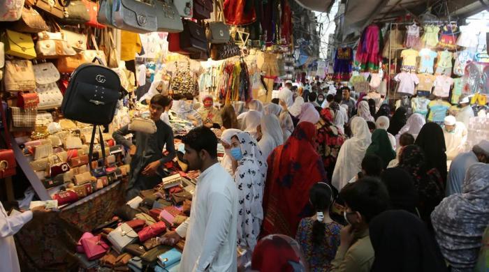 سندھ کی مختلف مارکیٹوں سے 955 کورونا کیسز رپورٹ