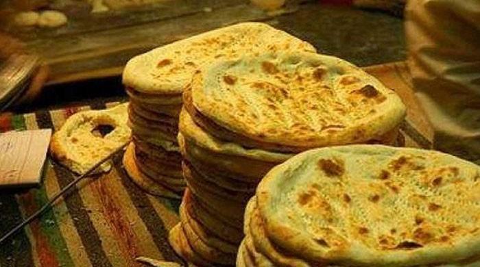 روٹی کی قیمت میں اضافےکیلئے نان بائیوں کی ہڑتال جاری