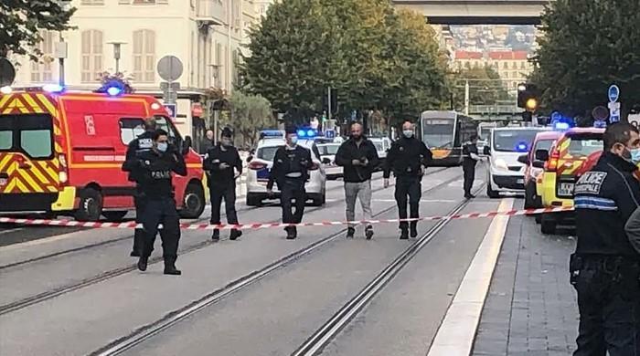 فرانس میں چرچ کے قریب چاقو سے حملہ، 3 افراد ہلاک