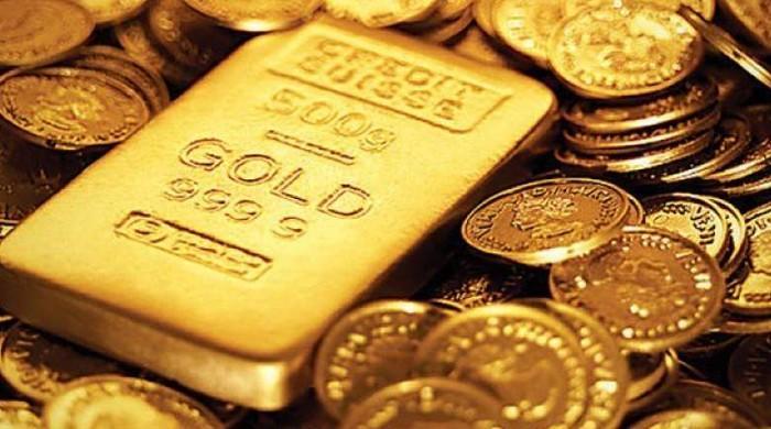 ملک میں سونے کی قیمت 1650 روپے فی تولہ گر گئی