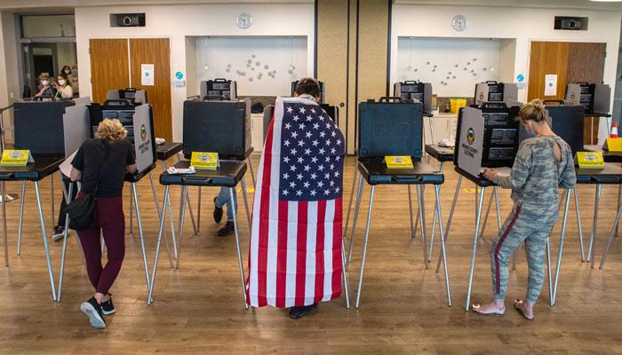انتخابات میں مُردوں نے بھی ووٹ ڈالا، امریکی ٹی وی نے دھاندلی کا بھانڈہ پھوڑ دیا