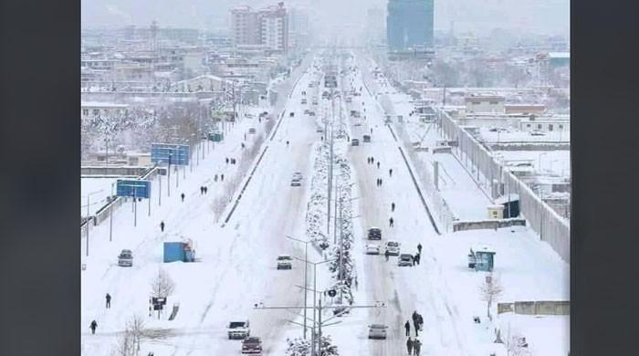 کیا واقعی کراچی میں برف باری ہوئی ہے؟