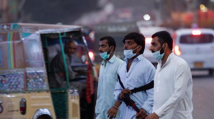 پاکستان میں کورونا وائرس کی شدت میں تیزی، مثبت کیسز کی شرح 8.5 سے بڑھ گئی