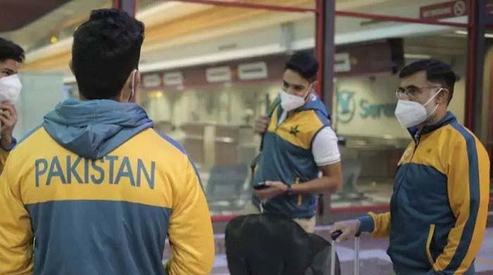 پاکستان کرکٹ اسکواڈ کی چوتھی کووڈ 19 ٹیسٹنگ مکمل