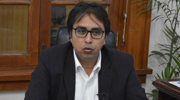 وزیراعظم کے معاون خصوصی شہباز گِل کے خلاف ہتک عزت کے دعوے پر سماعت
