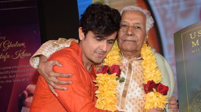 معروف بھارتی گلوکاروں کے استاد 'استاد غلام مصطفیٰ خان' انتقال کرگئے