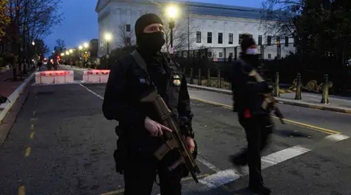 امریکی صدر کی حلف برداری سے قبل واشنگٹن کا ریڈ زون فوجی چھاؤنی بن گیا