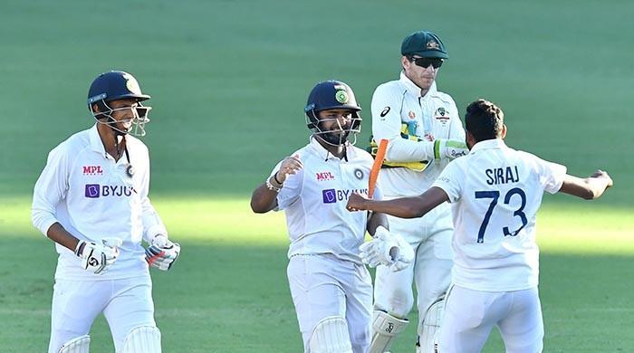 بھارت نے آسٹریلیا کو ہوم گراؤنڈ پر شکست دے کر سیریز جیت لی