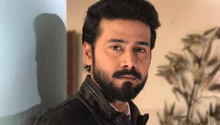 Actor Ali Abbas suffers from corona virus