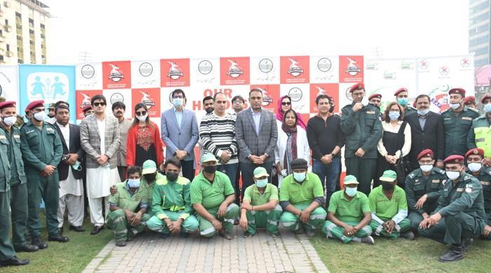 لاہور قلندرز نے پی ایس ایل میچز ڈاکٹرز  اور ایمرجنسی ورکرز سے منسوب کردیے