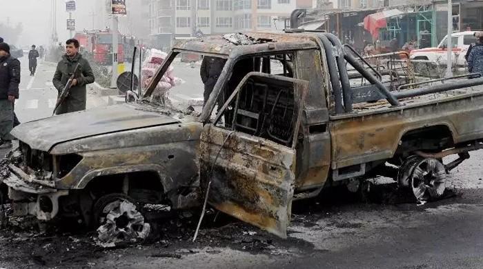 افغانستان: گاڑی کے انجن میں پانی بھرنے سے دھماکا، ایک ہی خاندان کے 10 افراد ہلاک